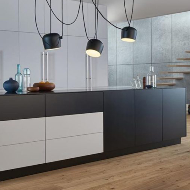 Hubble kitchen design and fitting