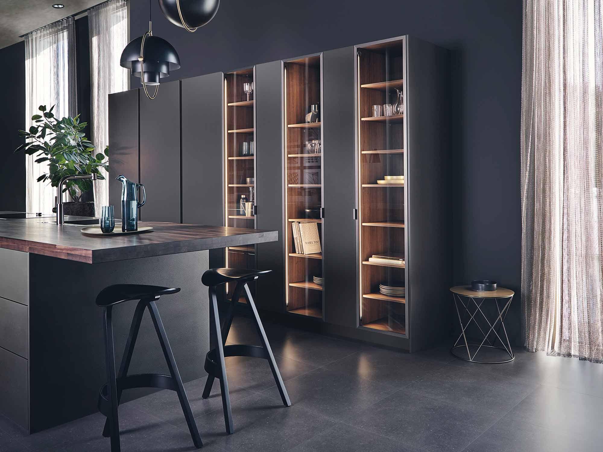 Modern designer kitchen by Hubble