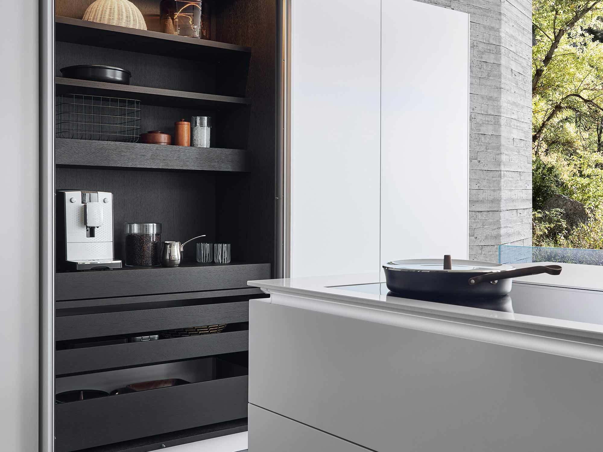 Designer kitchen in black and white by Hubble