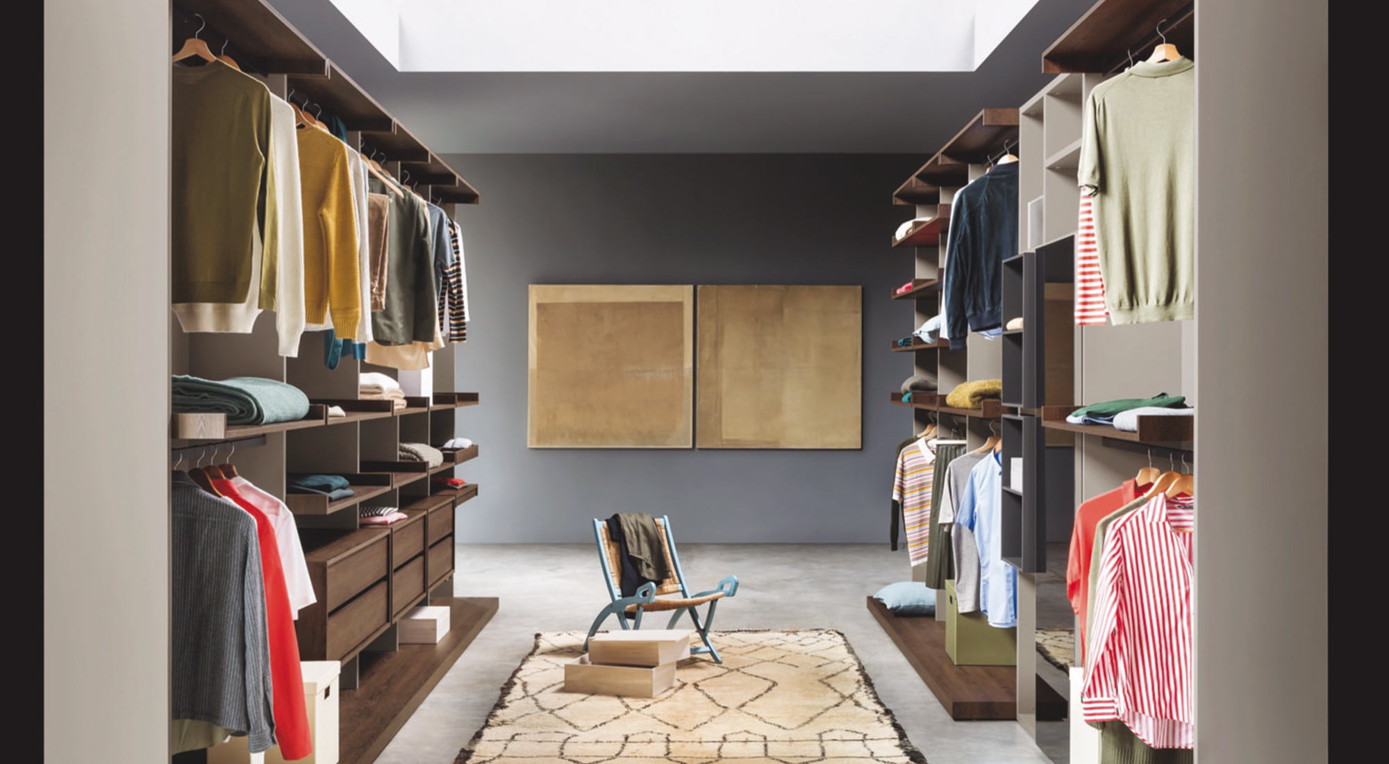Walk-in wardrobe bedroom design by Hubble