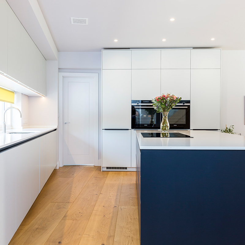 Clean and functional kitchen design by Hubble