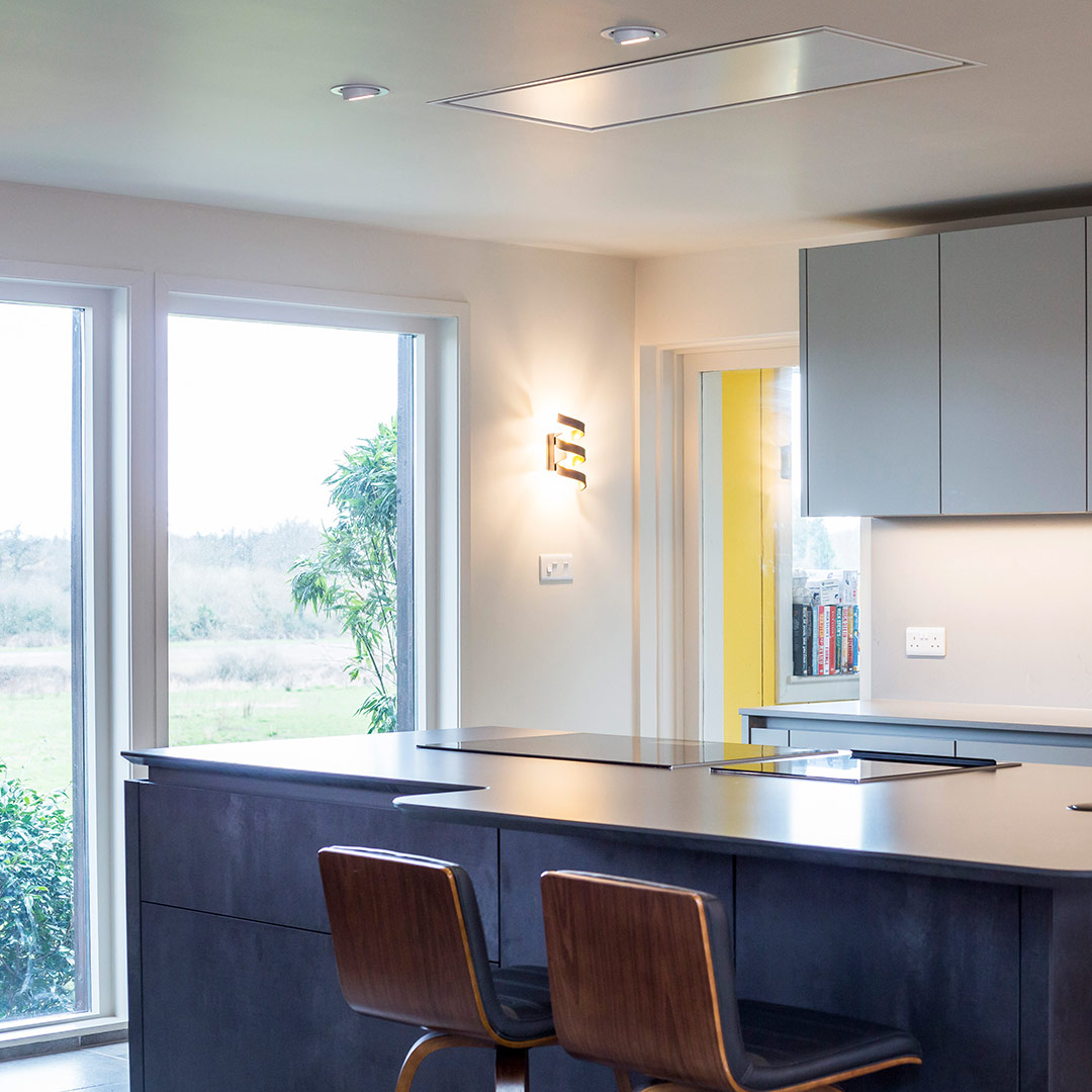 Bespoke Leicht minimal kitchen design by Hubble