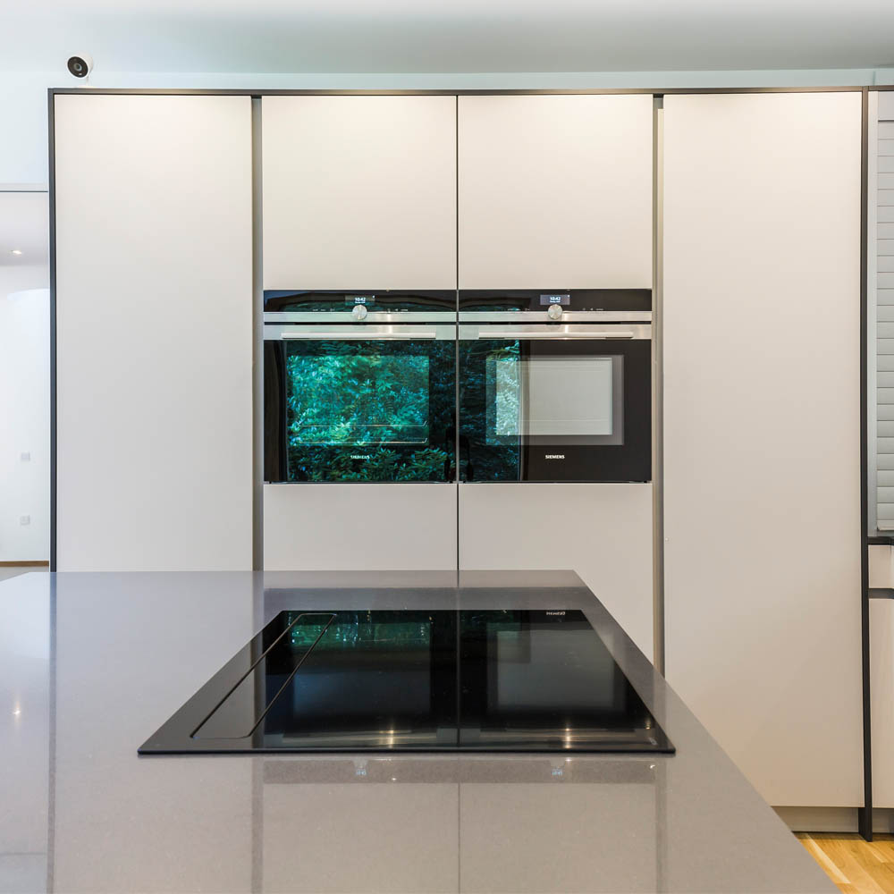 Novy Panorama Flat in Hubble designer kitchen