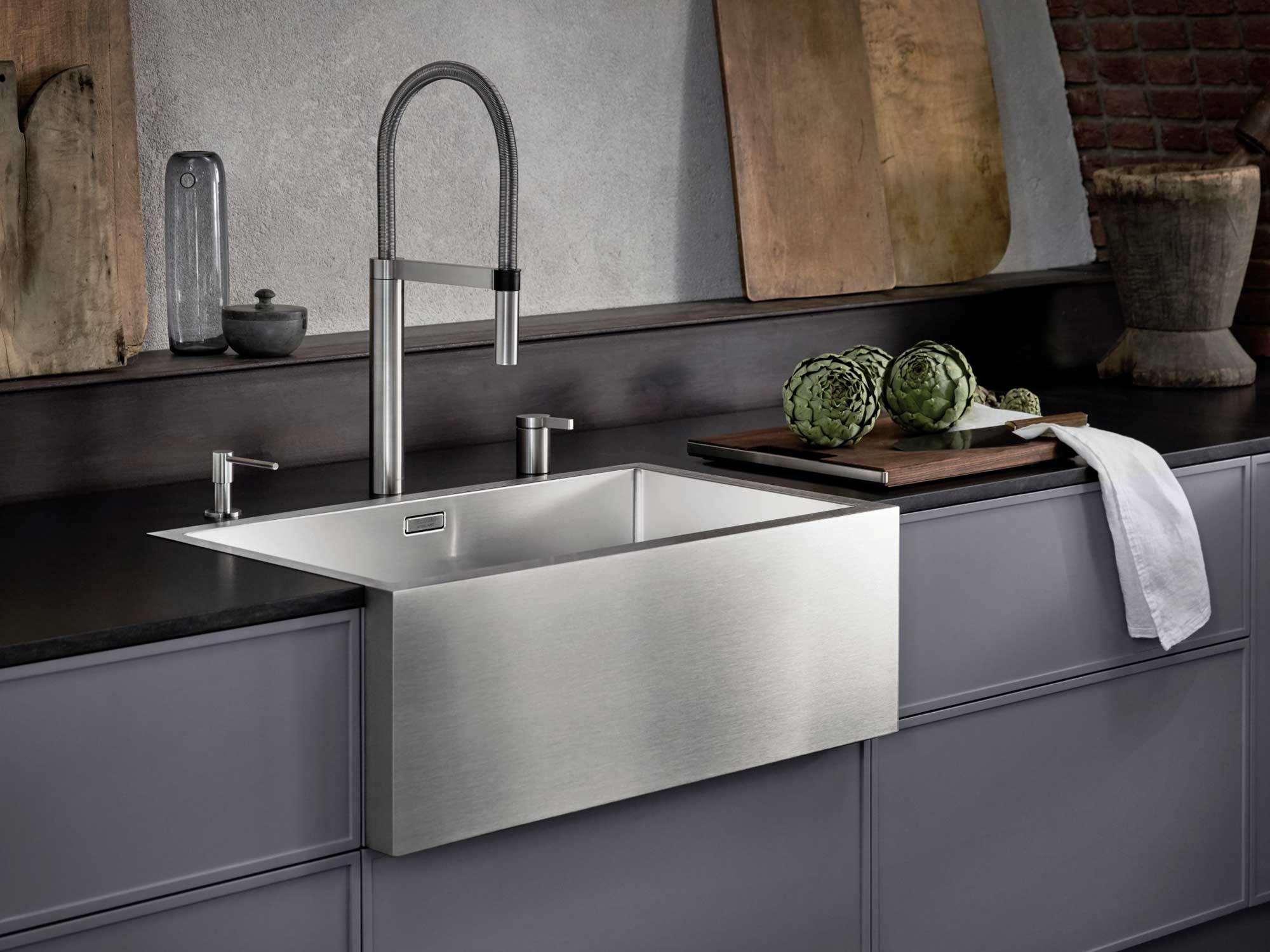 Blanco kitchen sink in stainless steel