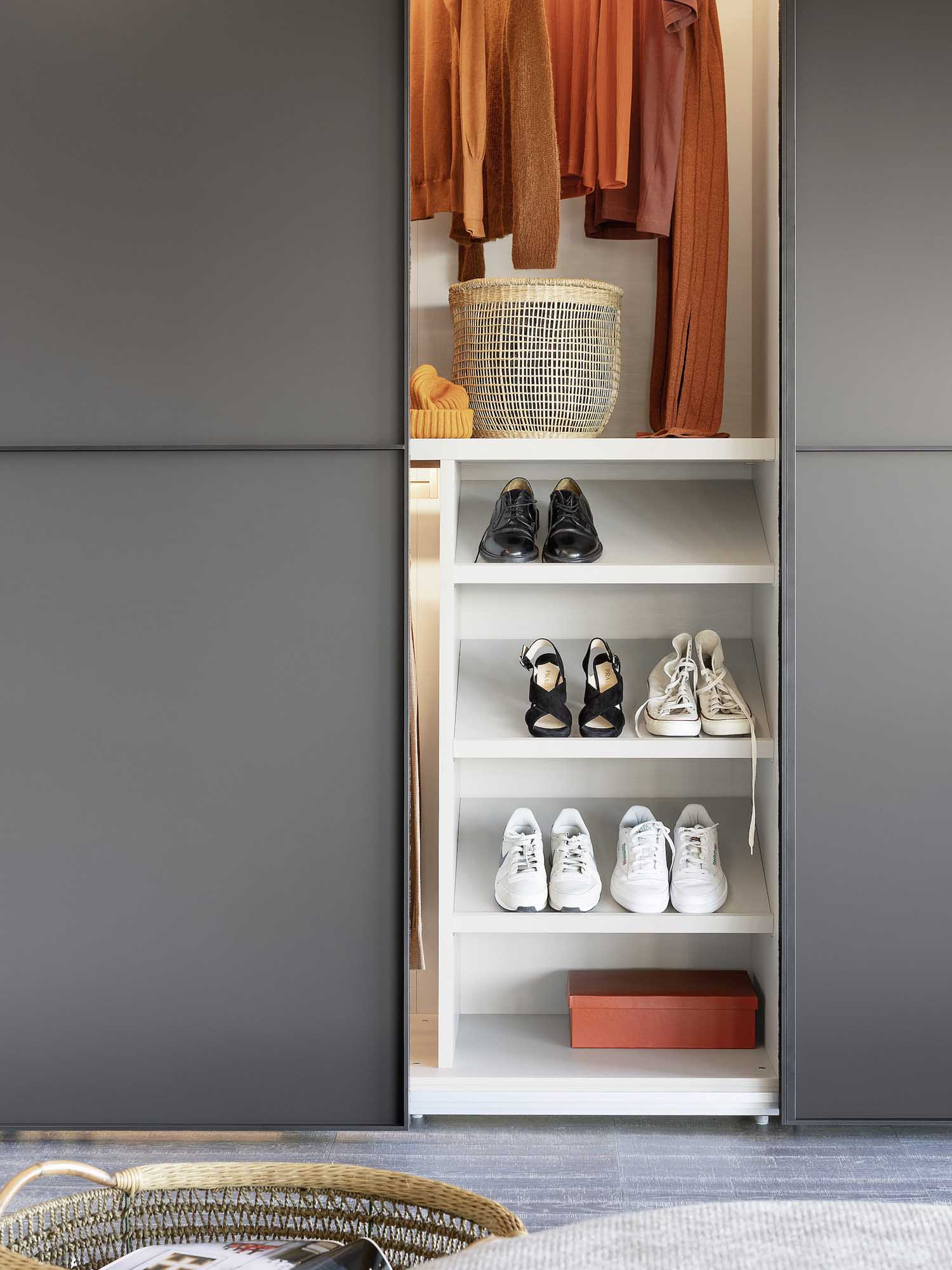 Novamobili Shelving | Hubble Kitchens & Interiors